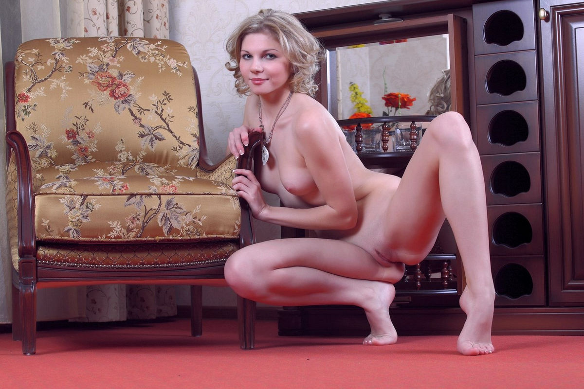 Love ride heike shows her shaved pussy fucking hot wish