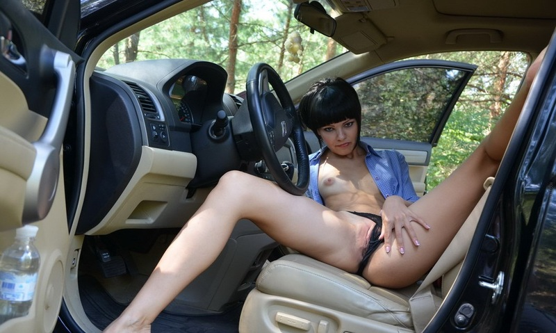 Girl masturbates in carwash