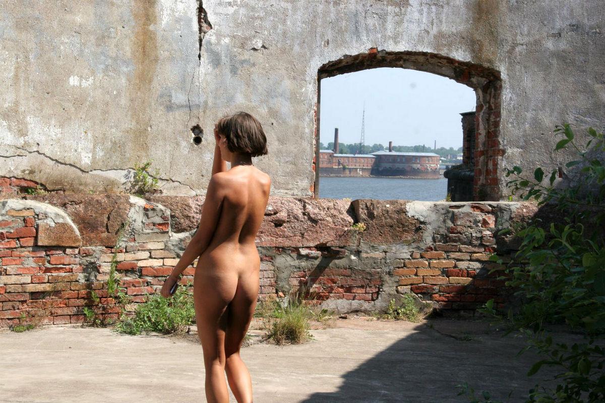 beautiful colombian nude women