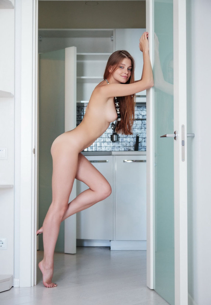 short girls in high heels naked
