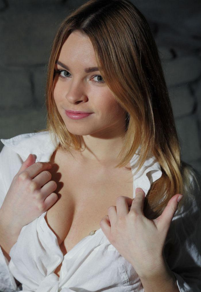 Эротические фотосеты Malinda A