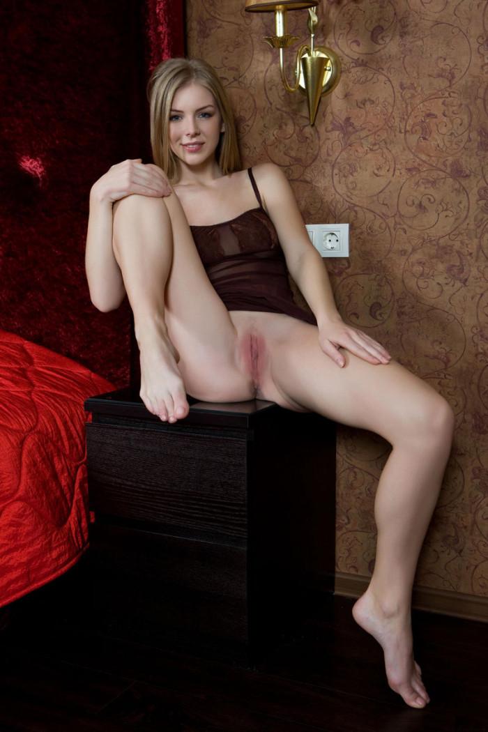 Эротические фотосеты Flavia A