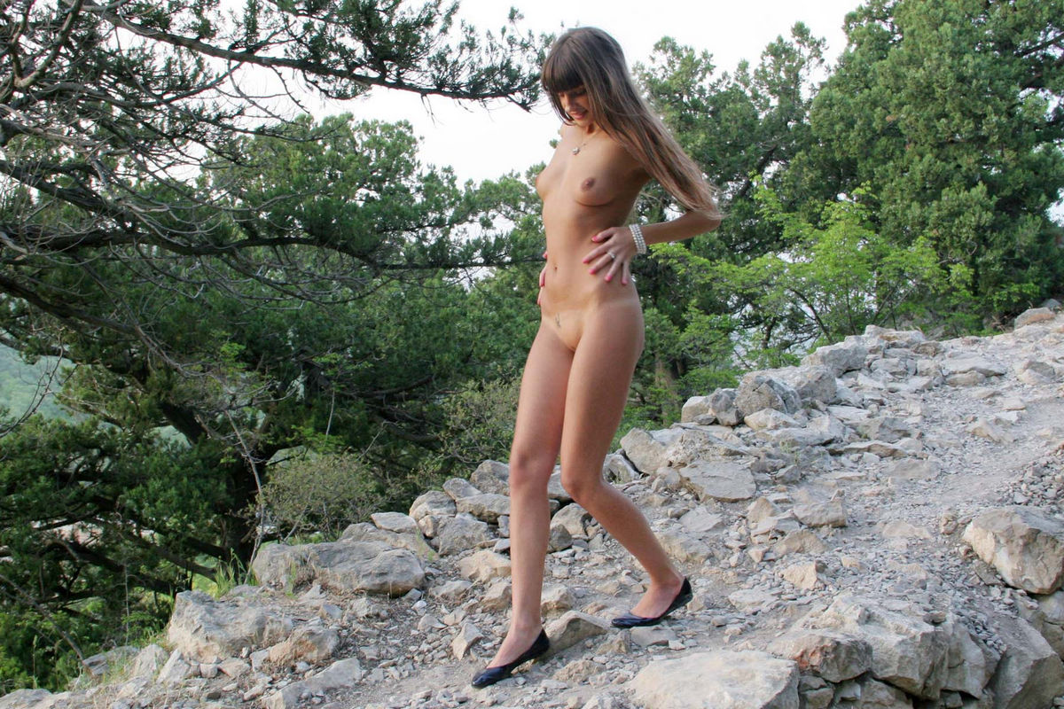 Naked Masha E at the mountain road | Russian Sexy Girls