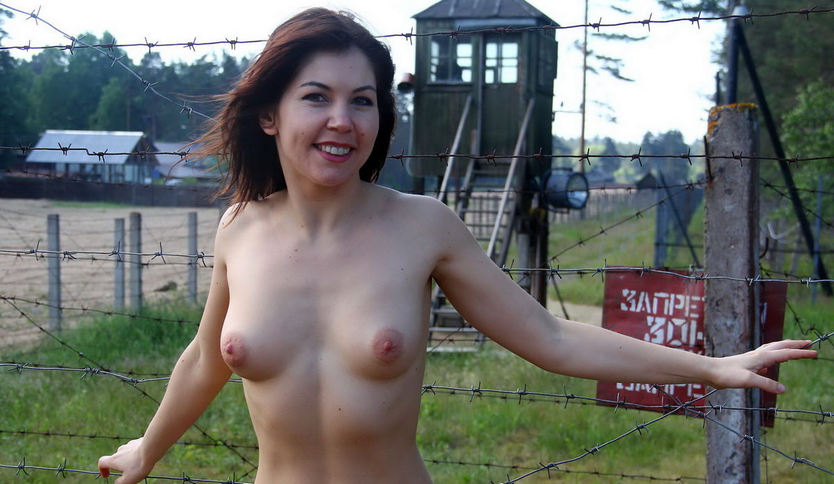 Naked Girl Walks At A Military Facility  Russian Sexy Girls-4597
