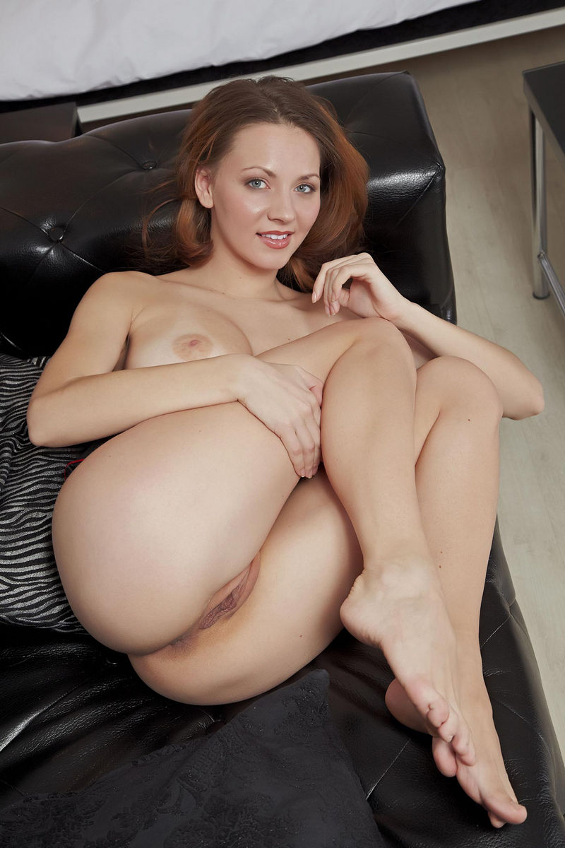 Sexy women with pussy showing-7775