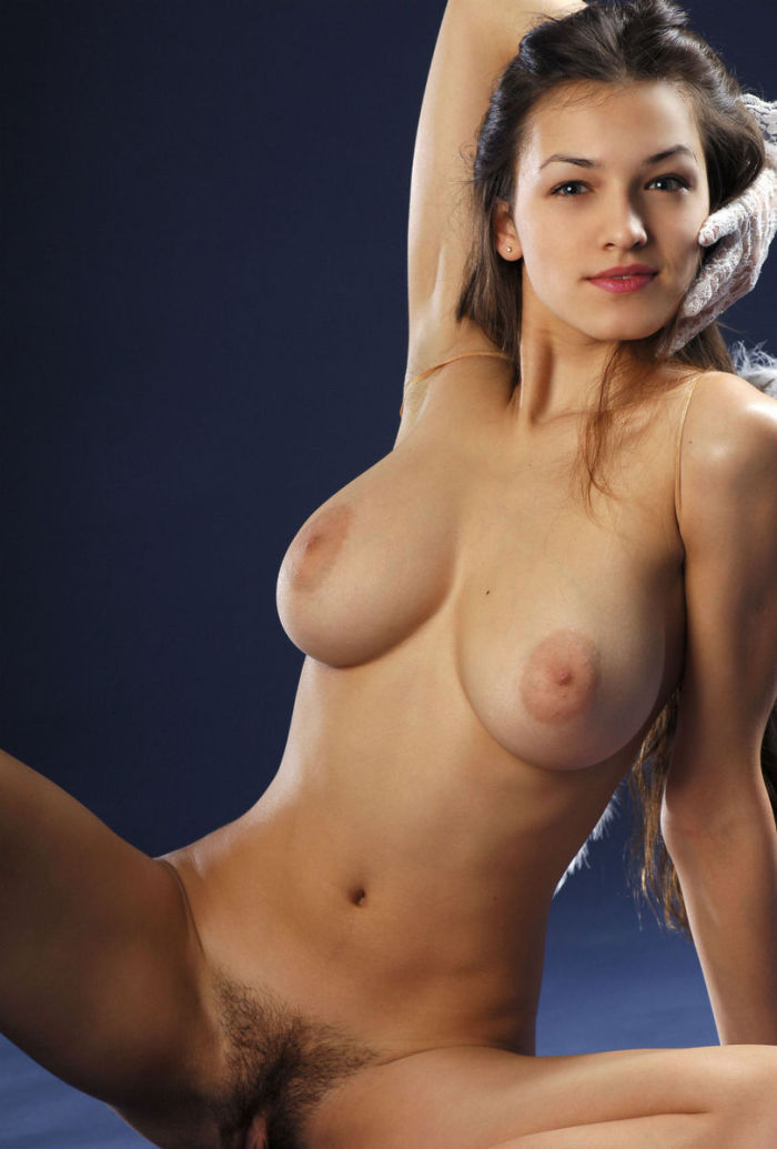 Gorgeous brunette big tits