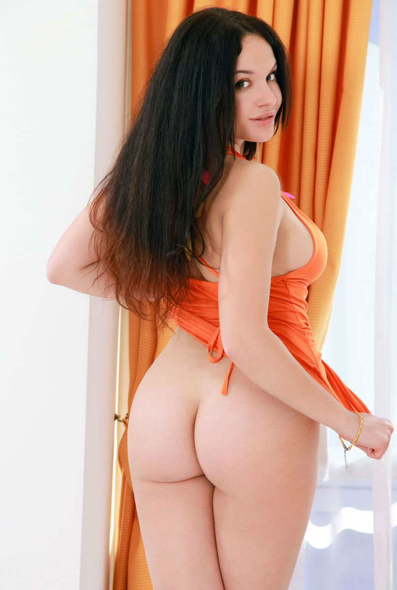 Sexy brunetts