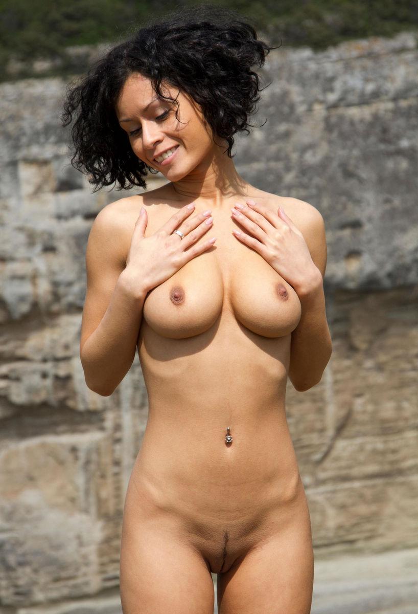 Big boob brunette