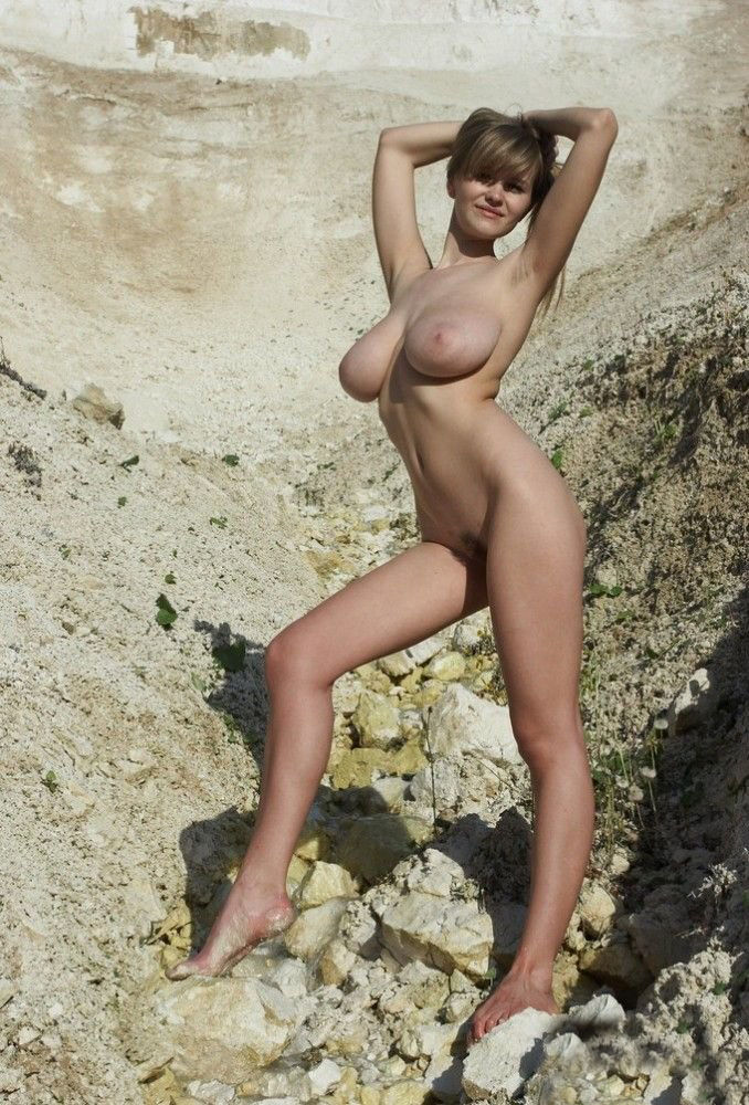 Russian Blonde With Huge Hanging Boobs On The Beach -2329