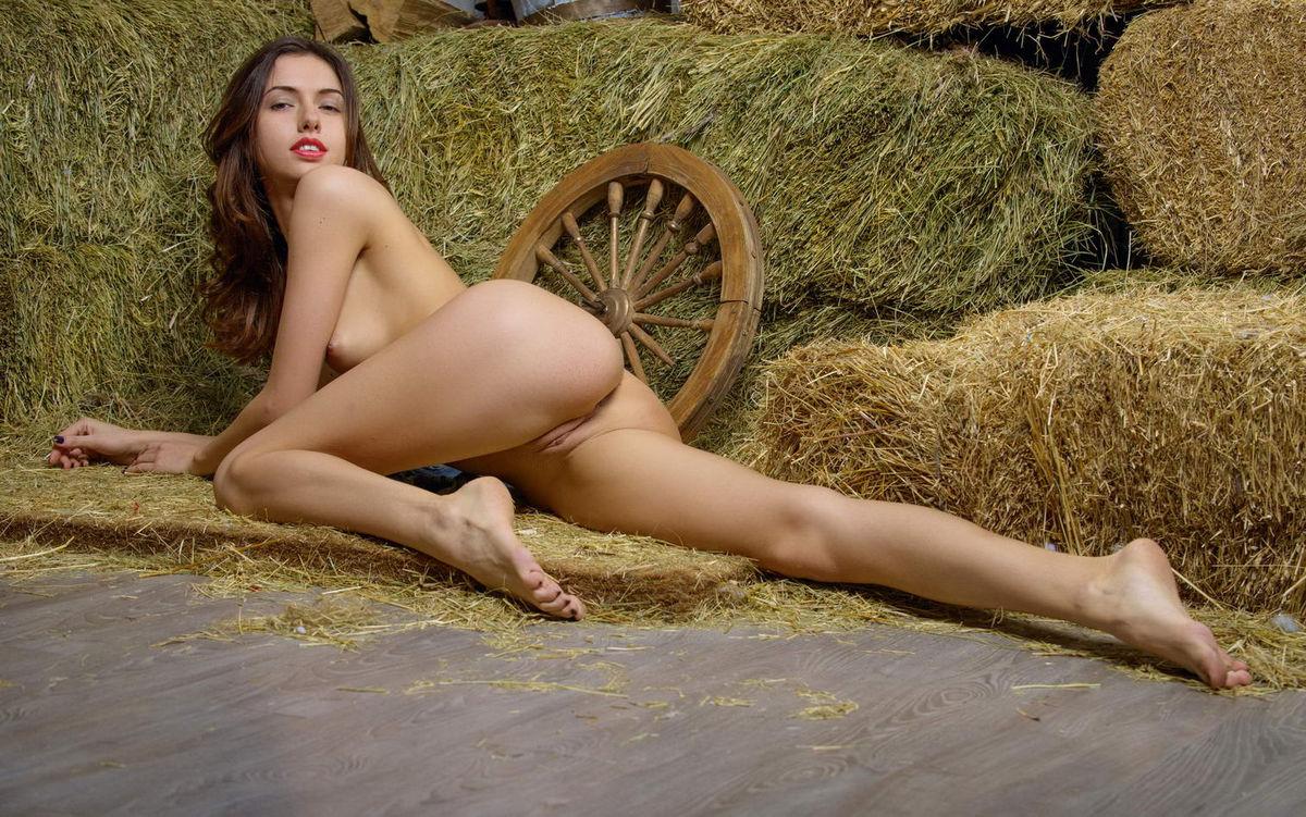Nude farmers girl pics