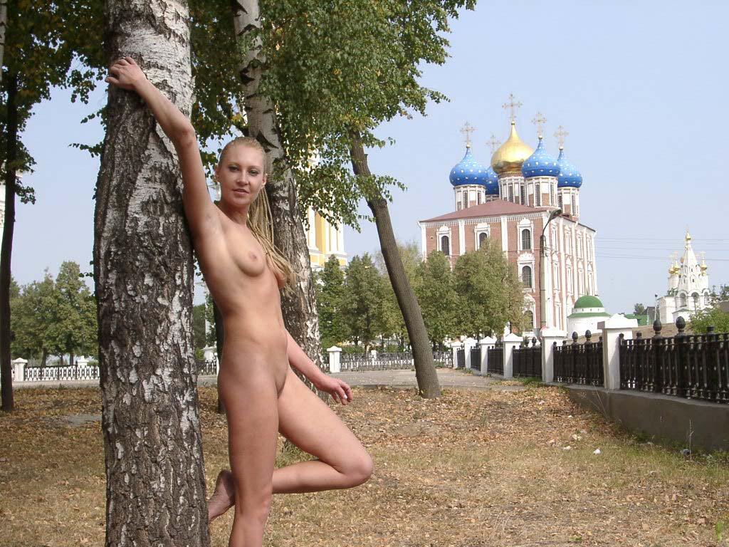 Русское порно зрелых женщин на PornoRussiaTV