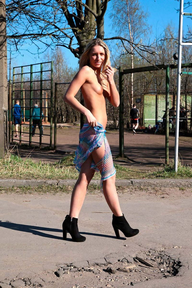 Commit error. Hot nude girl in short shorts