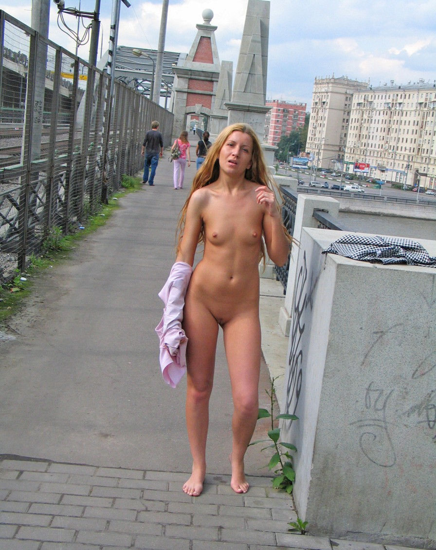 Milf naked girls in public