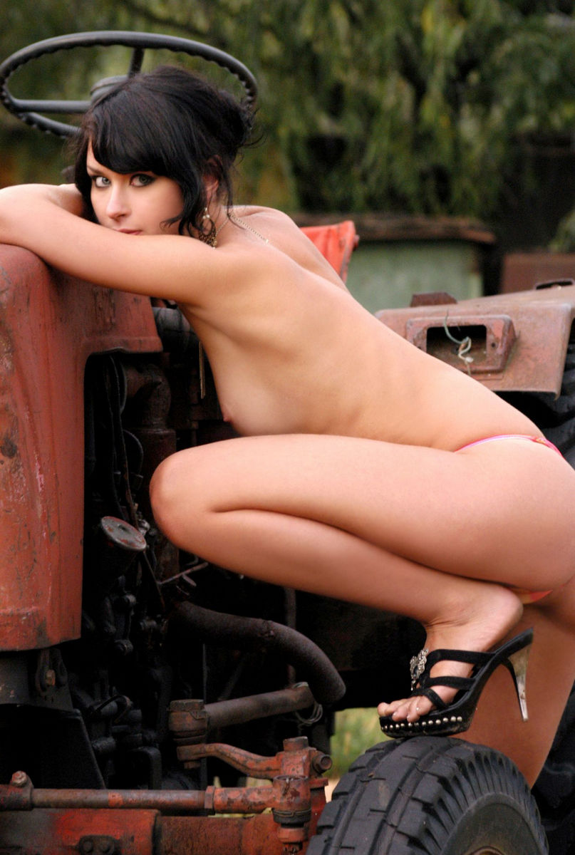 Brunette With Huge Pussy Lips On A Tractor  Russian Sexy -4080