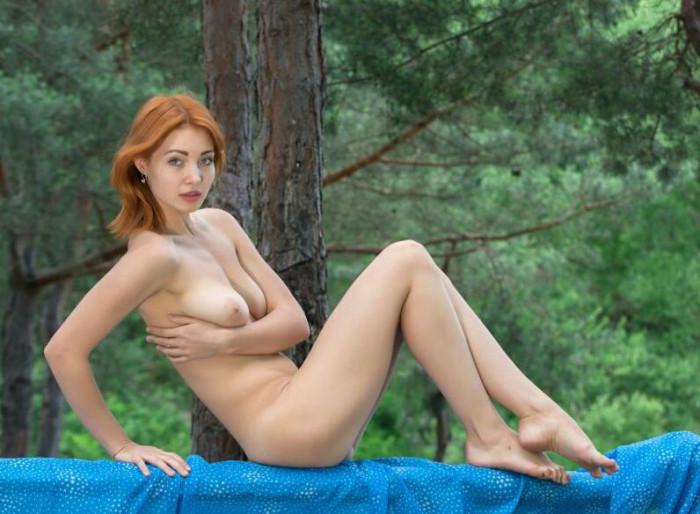 Valeria Kika Naked MelonsTube 1