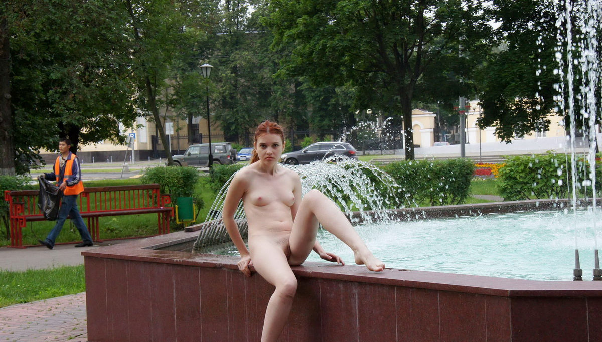 Congratulate, what naked women in fountain think