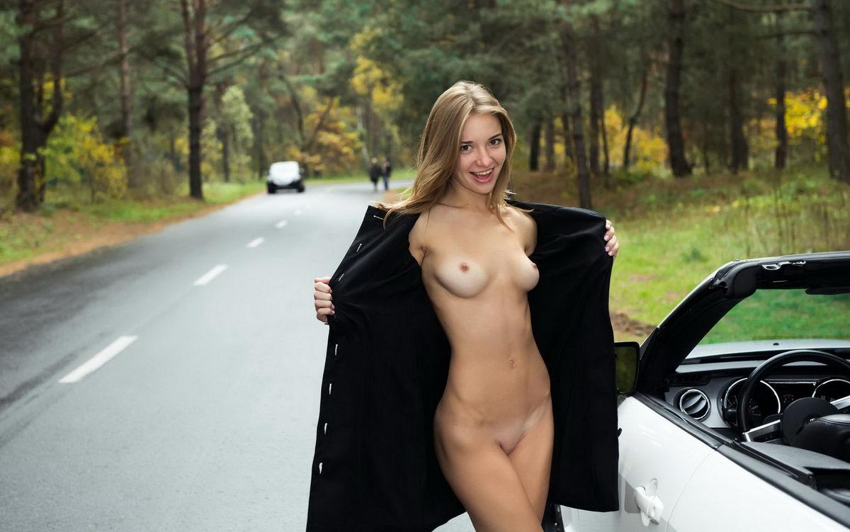 super hot blonde girl nude