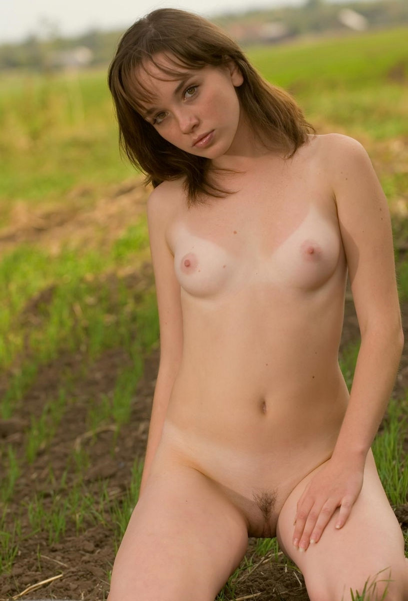 Girl pubic hair in the outdoors 8