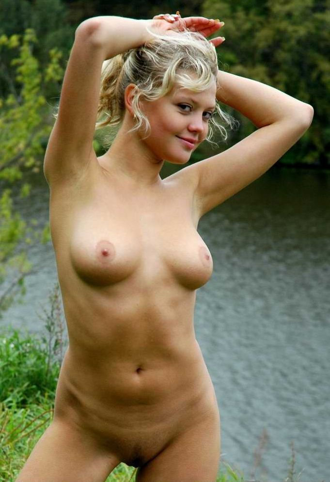 Hot Blonde With Beautiful Smile Removes Panties On The River  Russian Sexy Girls-6432
