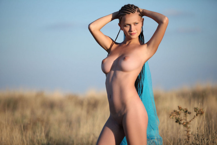 Apologise, but, Chick with dreadlocks and huge boobs pics