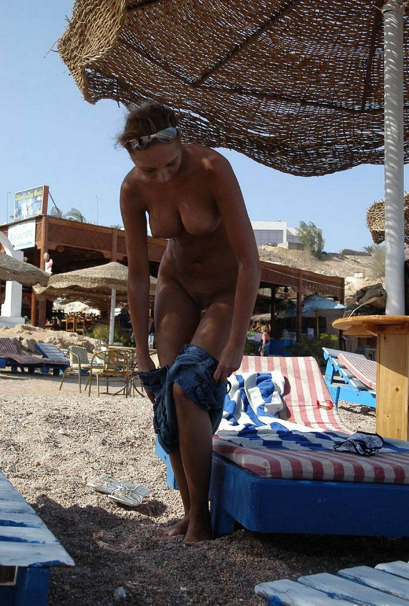 from Mario egyptian hot nude girls