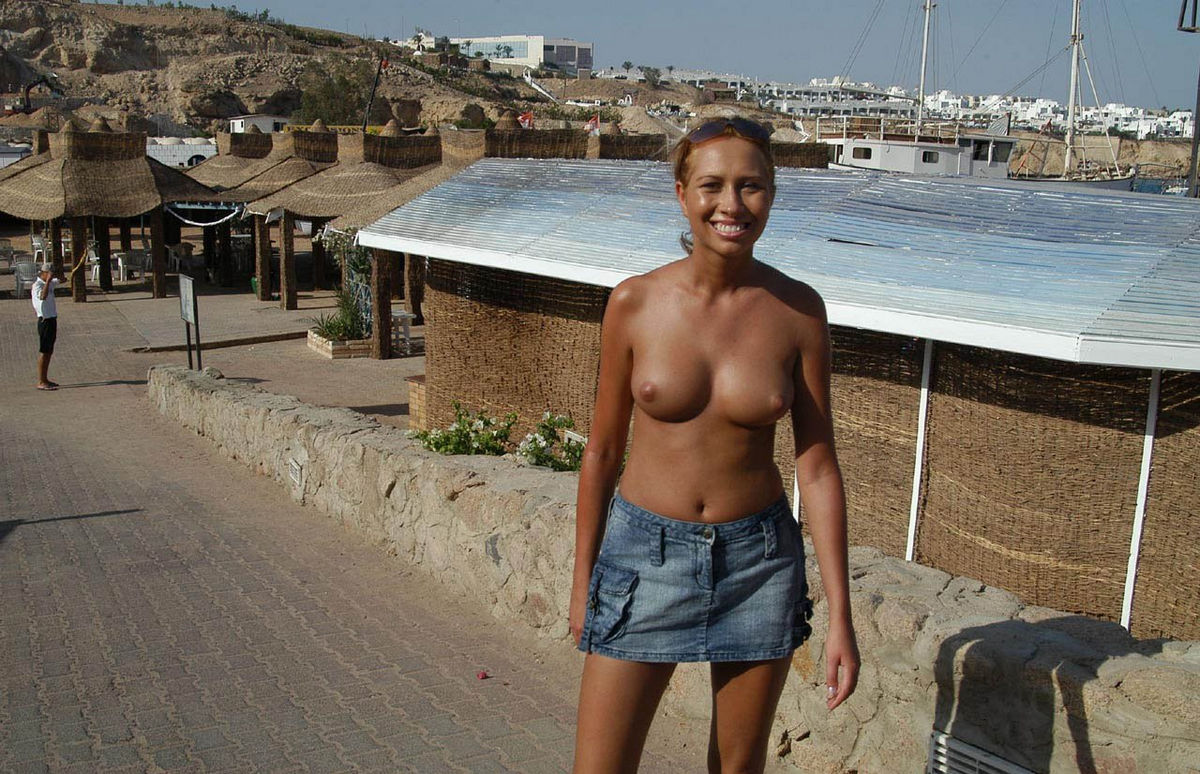 Nude Women In Egypt