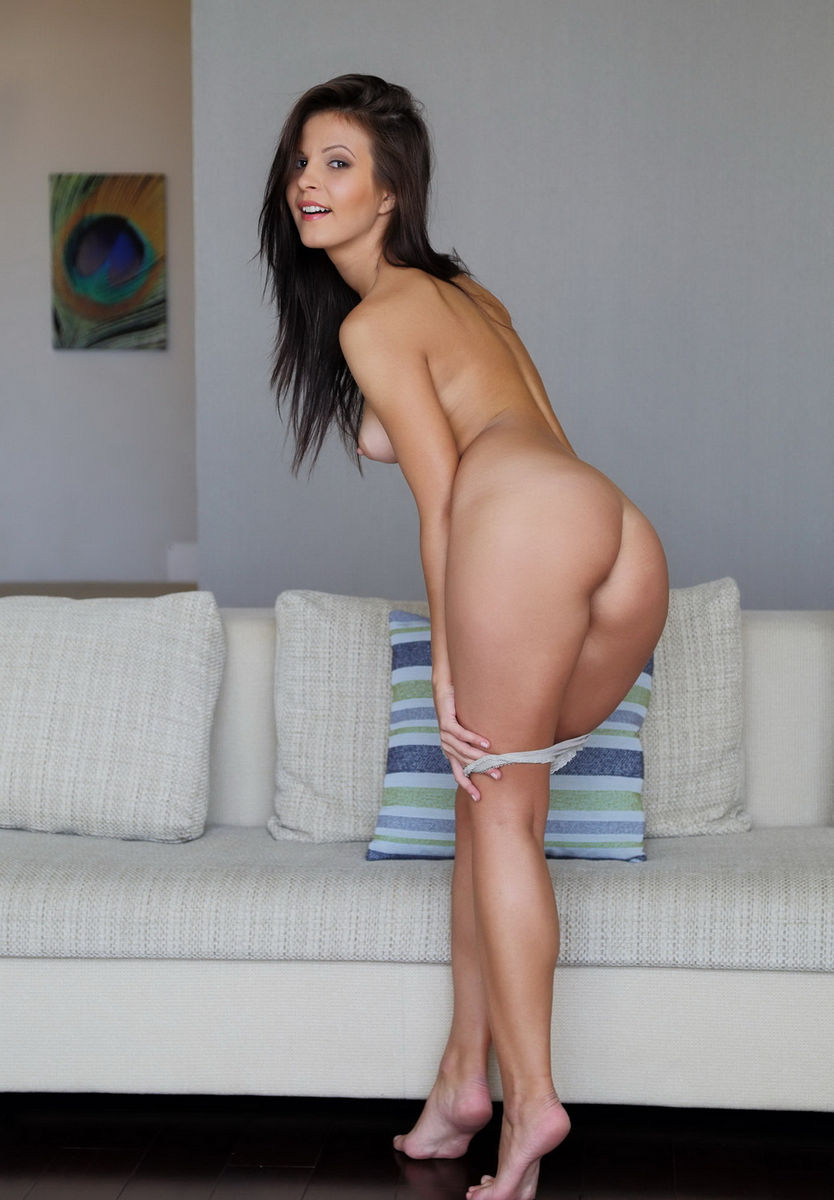 Remarkable Brunette Zelda B On A Gray Couch  Russian Sexy Girls-6295