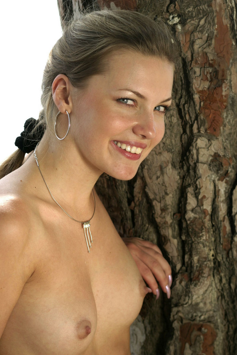 girl naked on trail