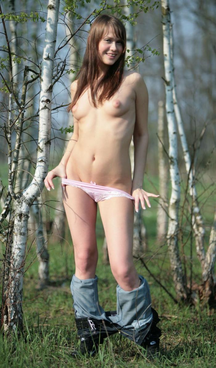 nude russian teen girl butt