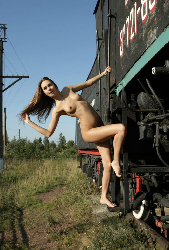 Cute Girl Angel C Posing At Train Monument  Russian Sexy Girls-8010