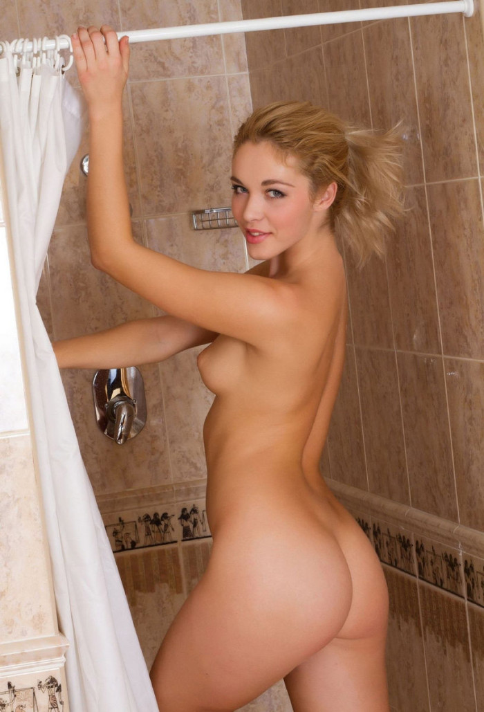 Sexy naked blonde in sauna congratulate, your