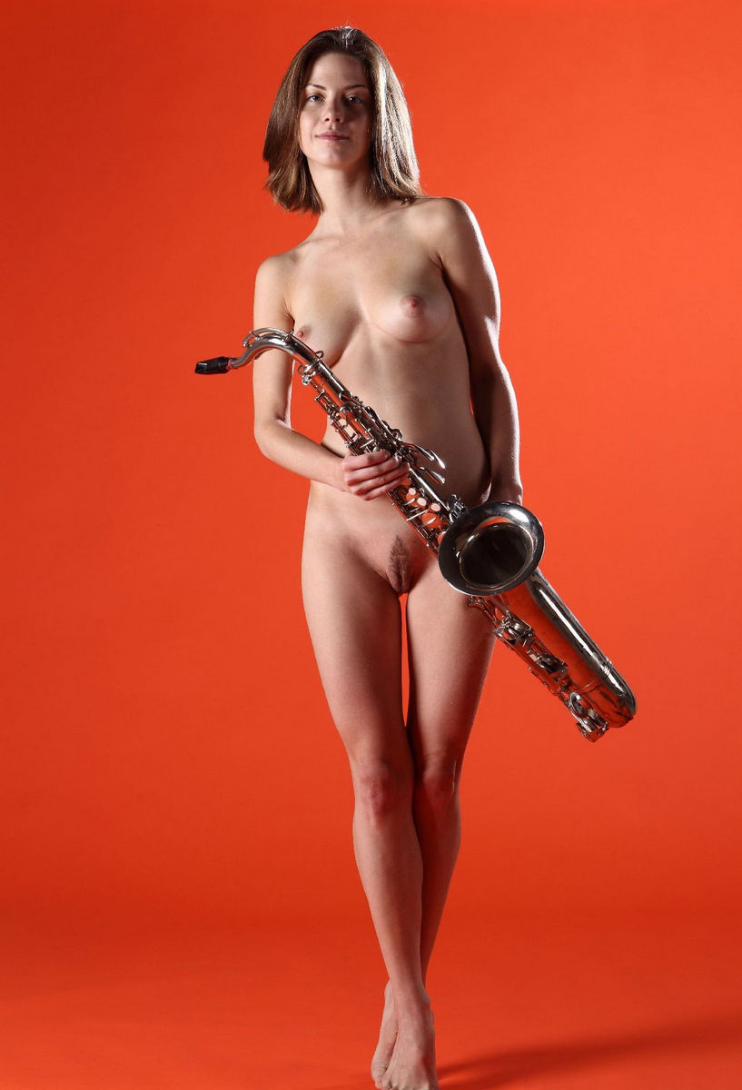 Naked Anita C And Saxophone In Orange Room  Russian Sexy -4813