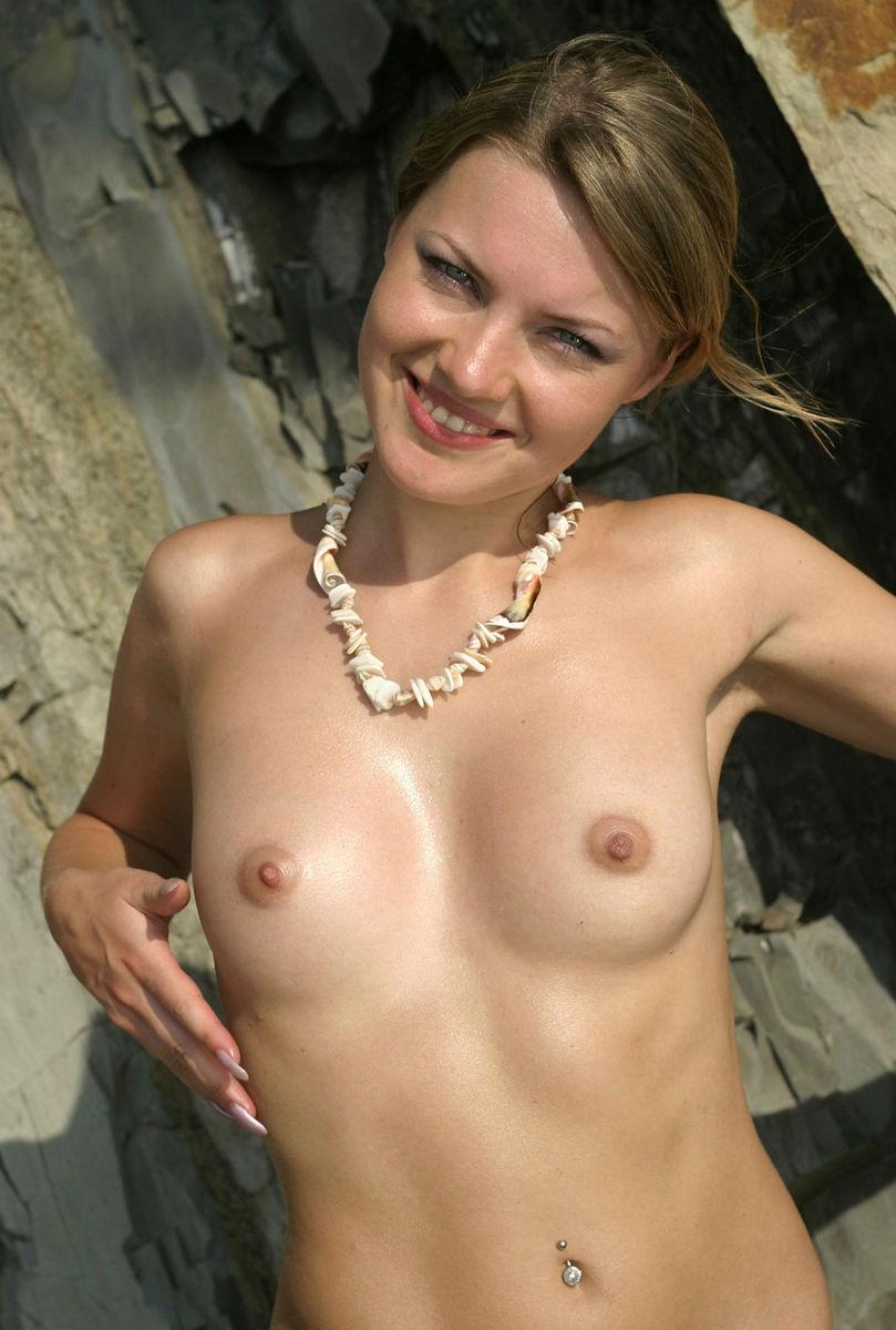 golaya-svetlana-smirnova-porno-foto-video