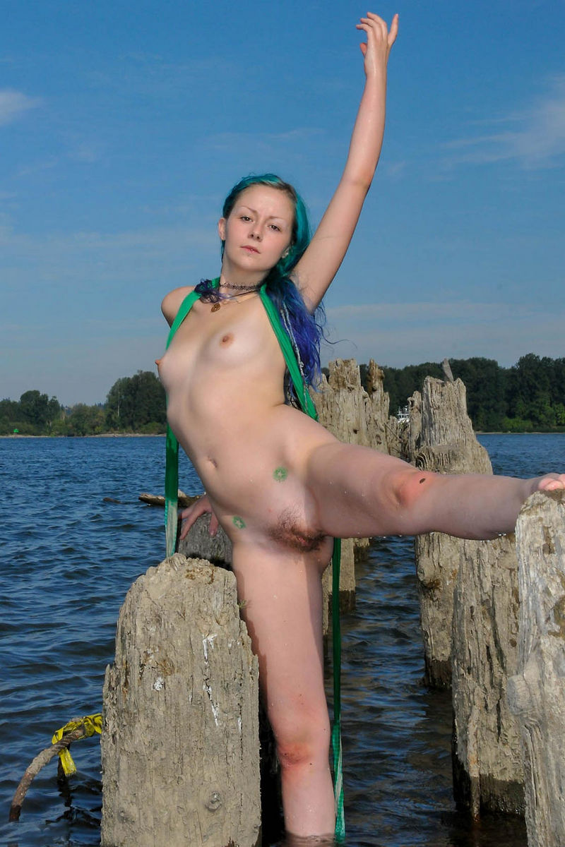 Teen naked girls coloured