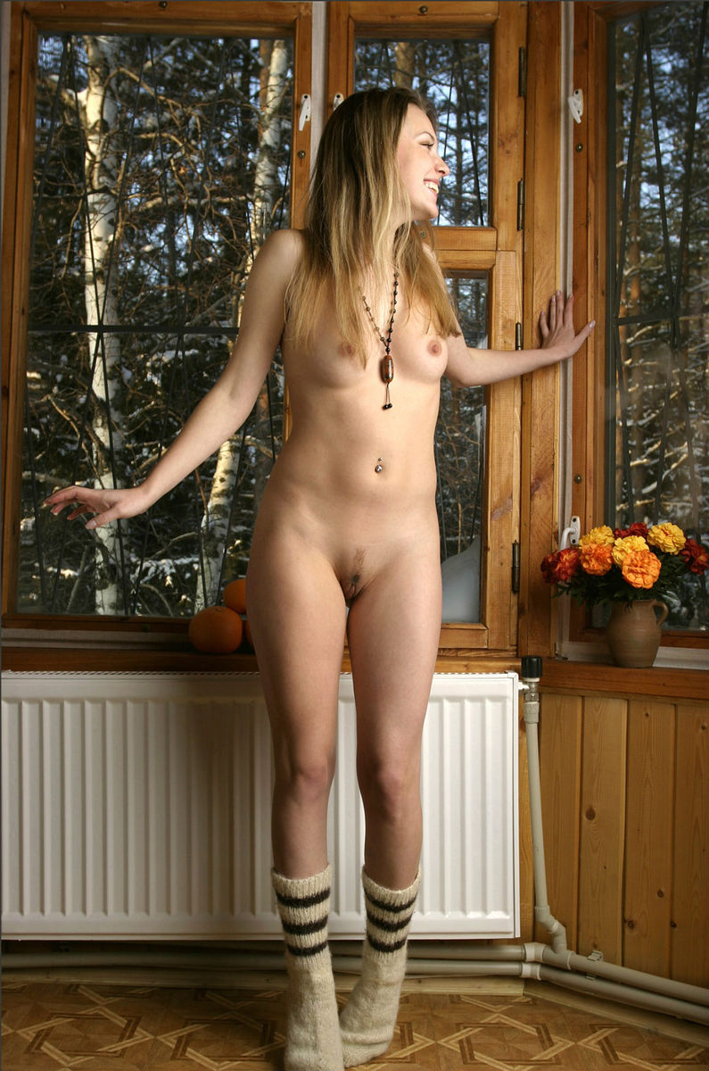 Naked Girl Sveta In Warm Socks At The Cottage  Russian -4505
