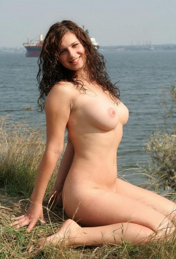 linda edna cardellini nude