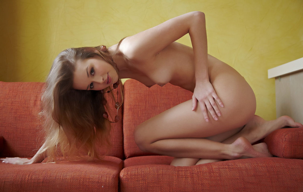 Hot Teen Toxic A With Beautiful Smile On Red Sofa -7687