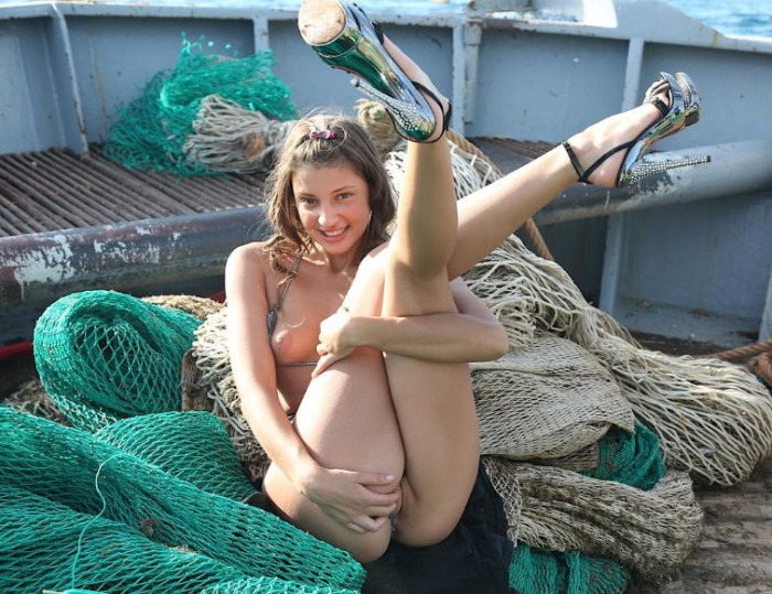 hot babes fishing naked