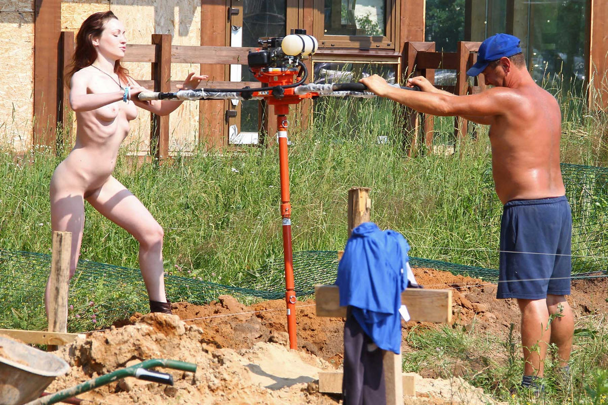 Naked Tamara D Helping On A Construction Site  Russian -5890