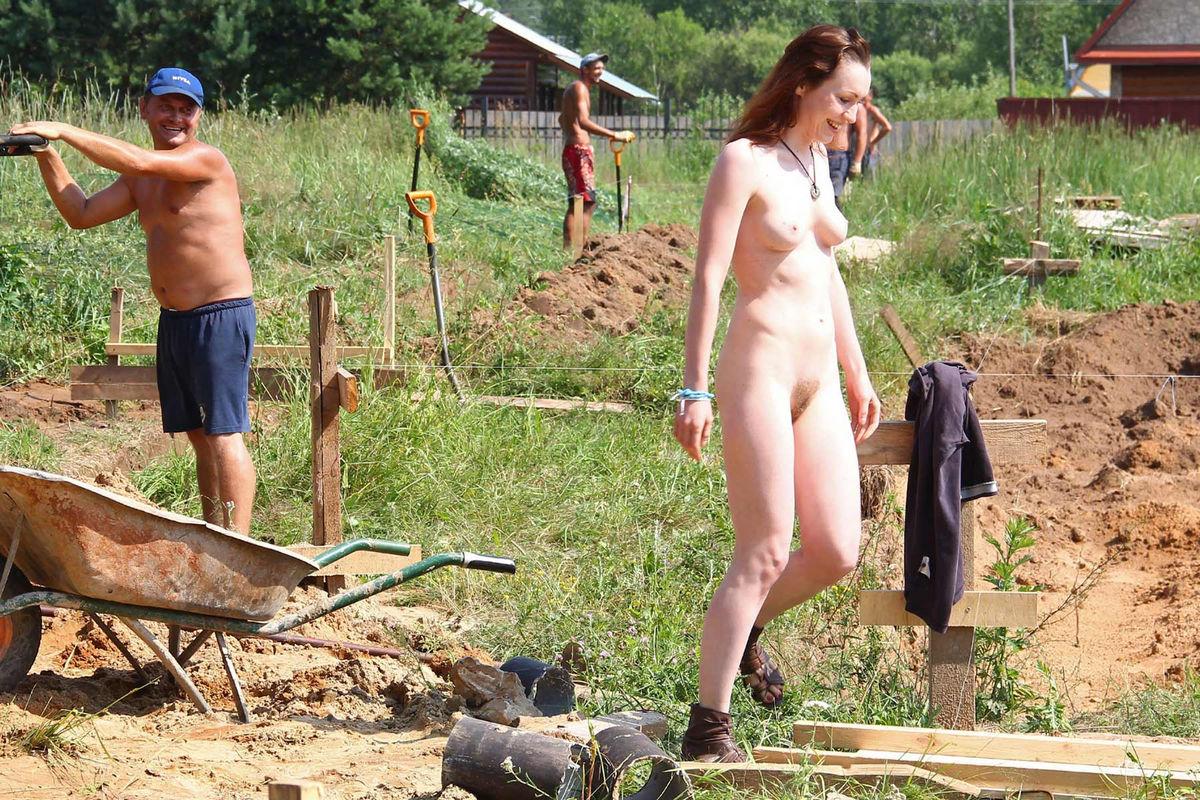 spread in the sunshine nude video