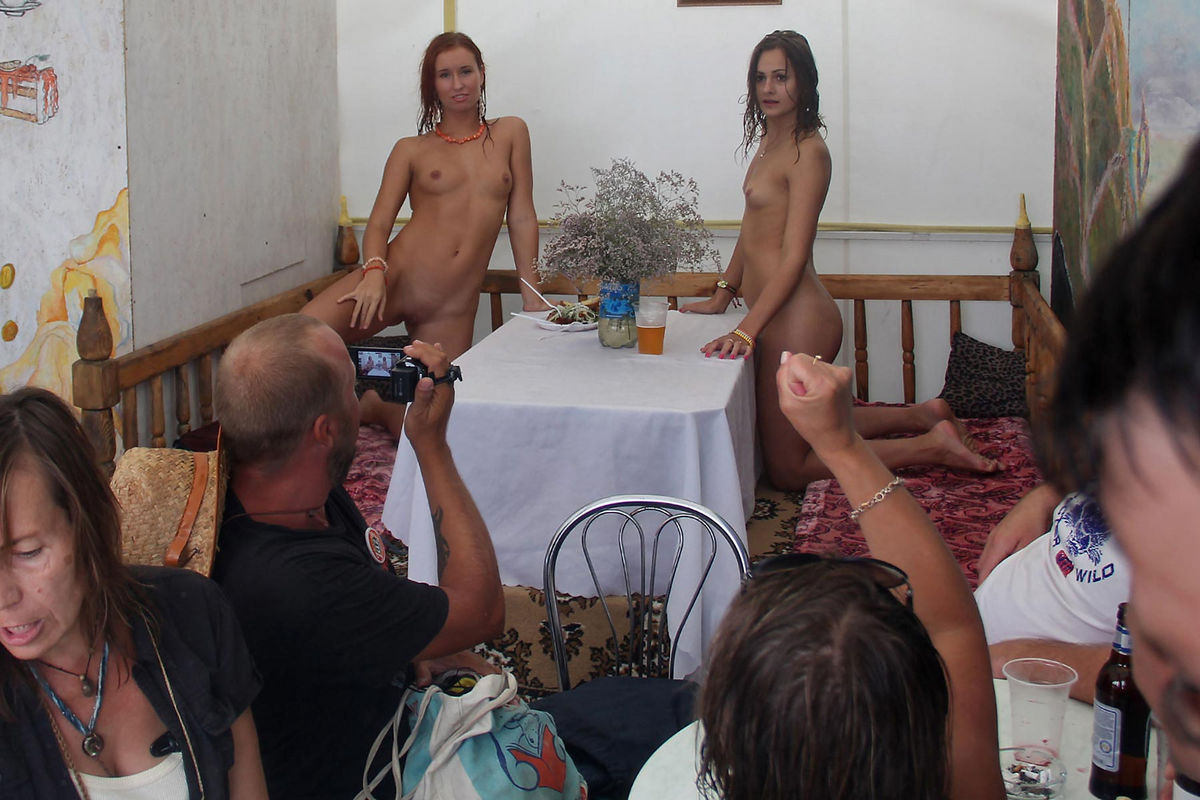 Naked ametuer girls-7499