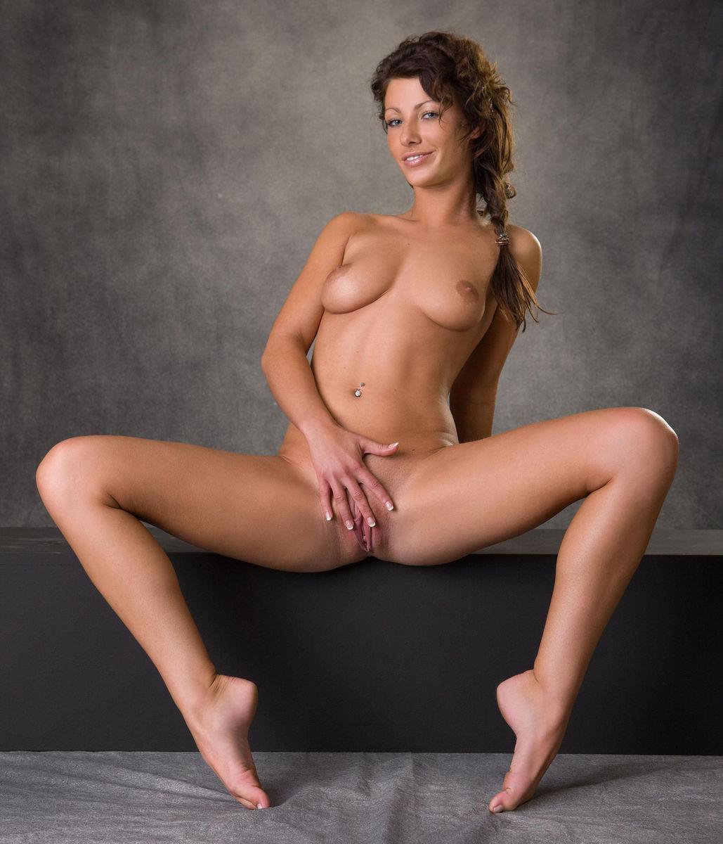 Horny nude black women porn photos flicking