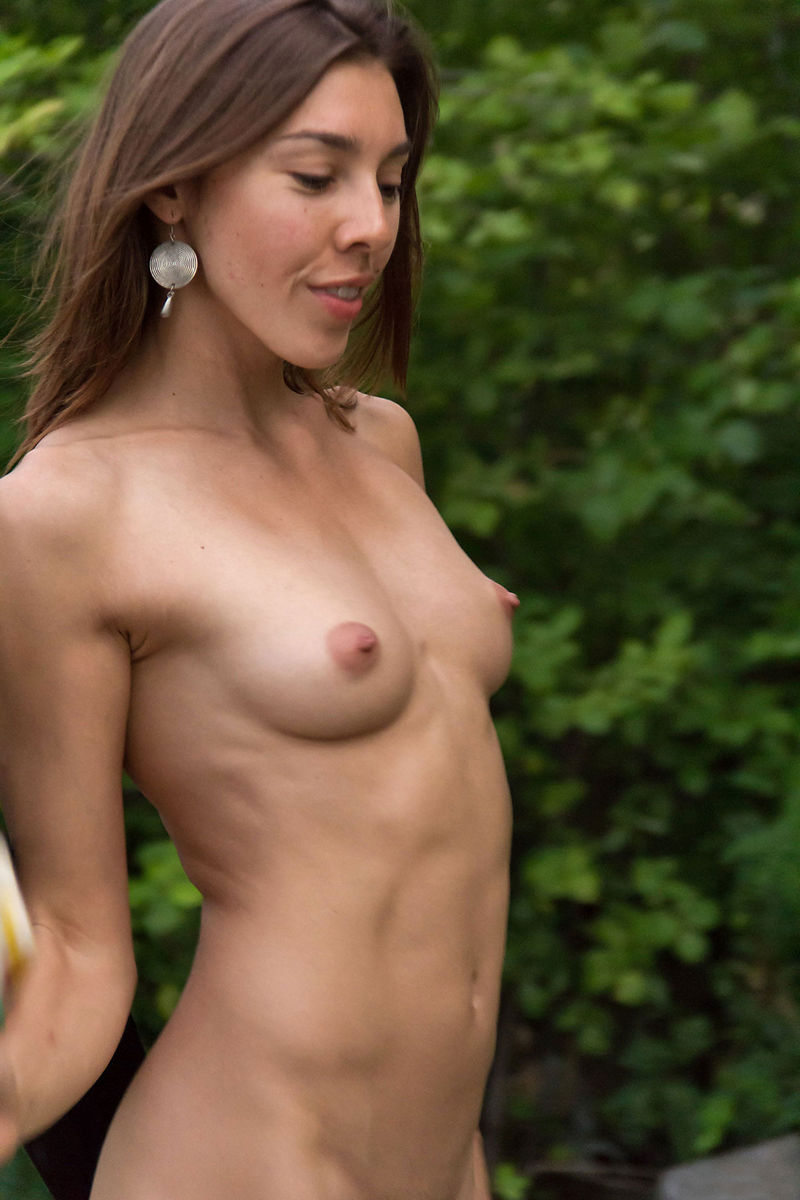 Hot Russian Teen With Sporty Body At Park  Russian Sexy Girls-8450