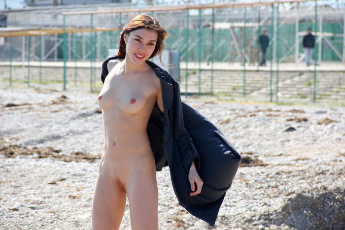 Nude girl and air sport