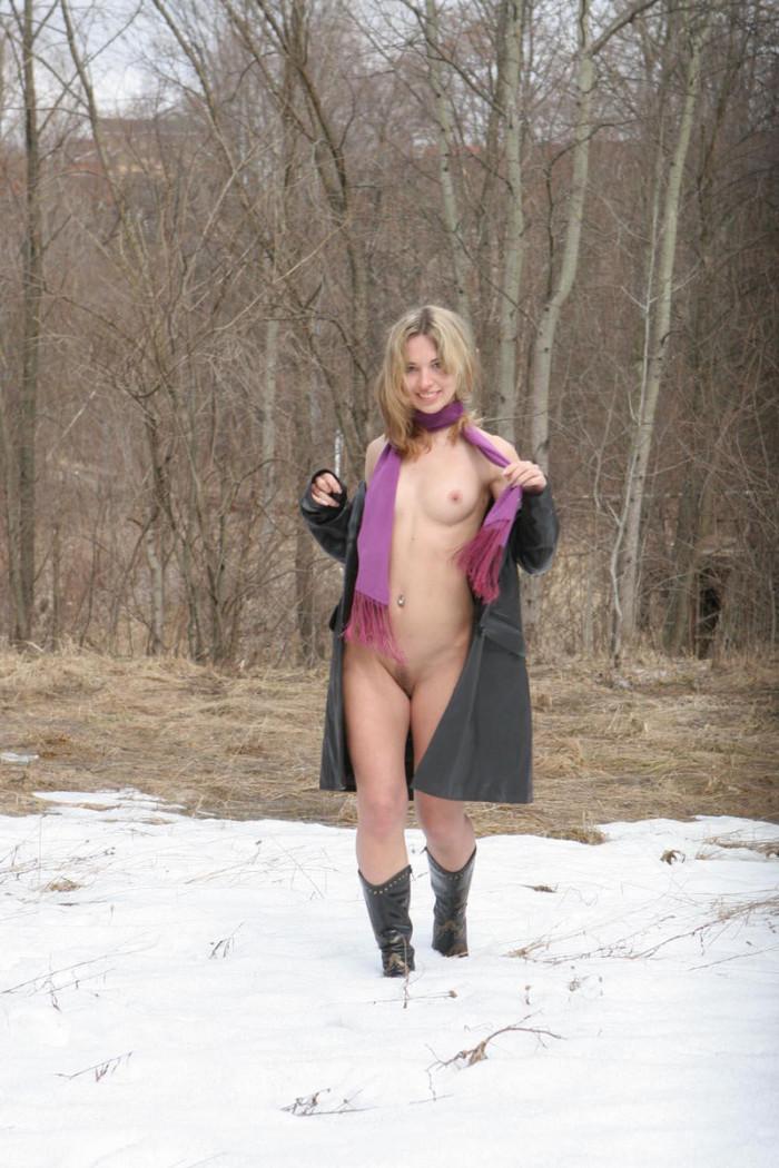 sexy bubble butt virgin girl