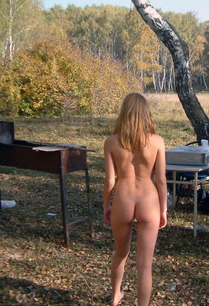 Naughty in public girl in a matrix coat flashing in the park - 3 part 6