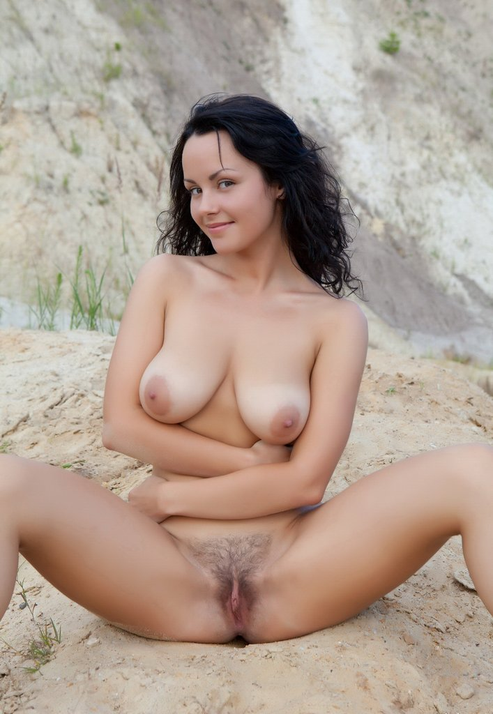 Sexy nude latina porn