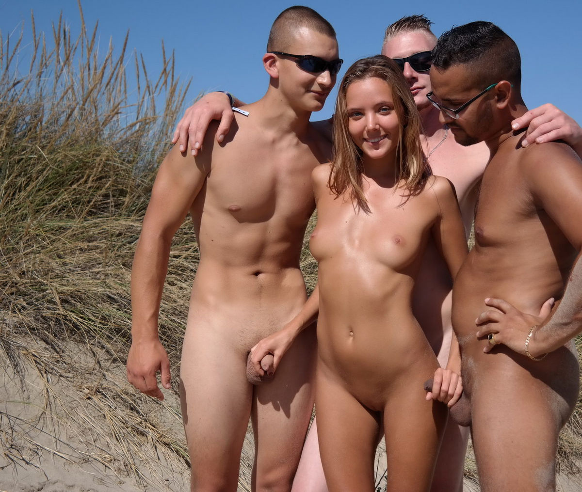 naked women touching dick