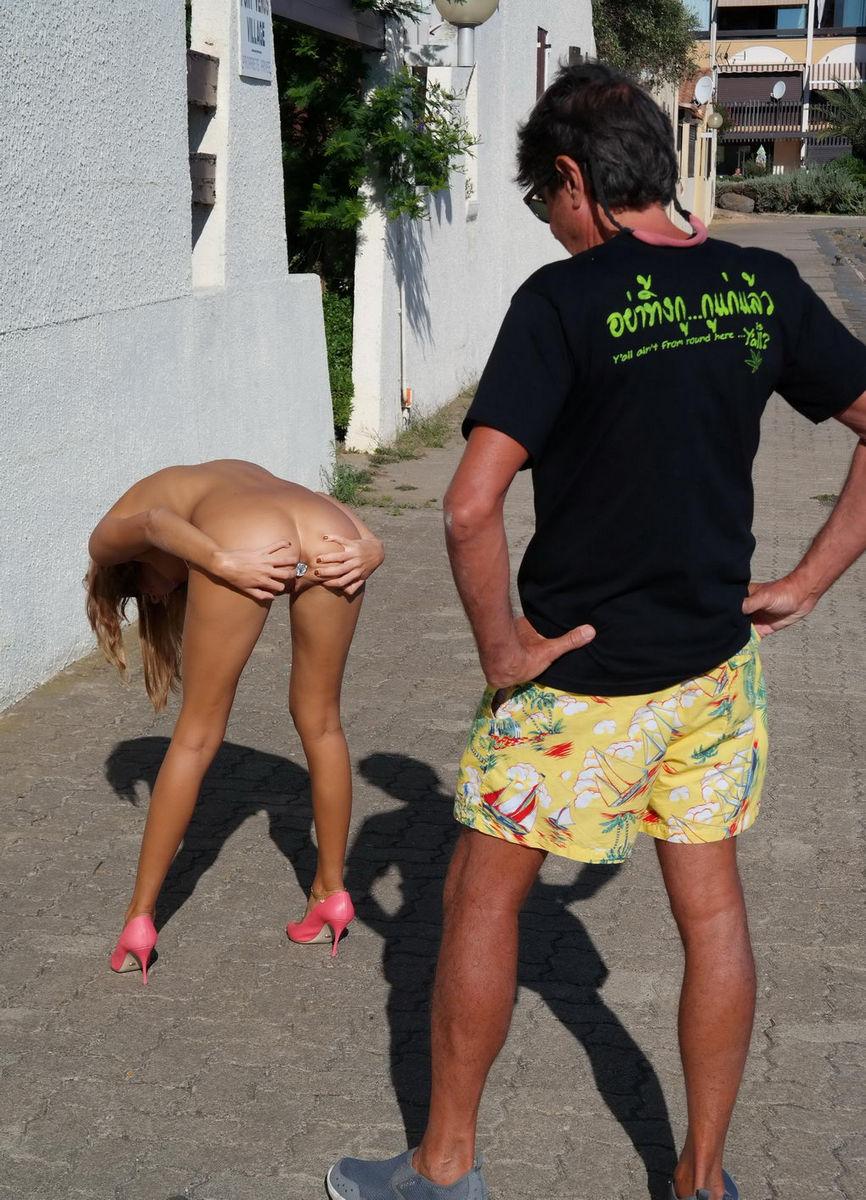 Resort girls Nudist russian