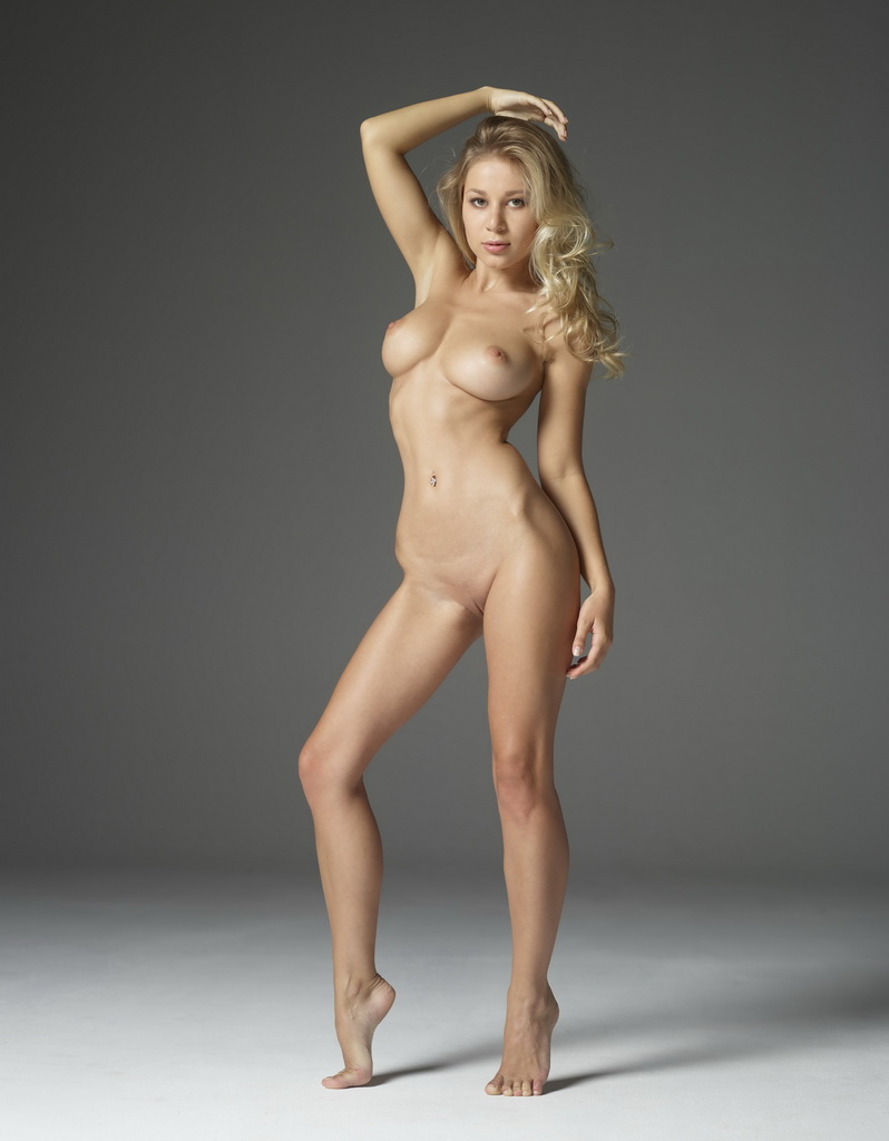 Obviously gorgeous blonde with perfect body